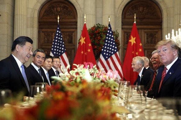 ترامپ: گفتگوهای تجاری با چین بسیار خوب پیش می رود