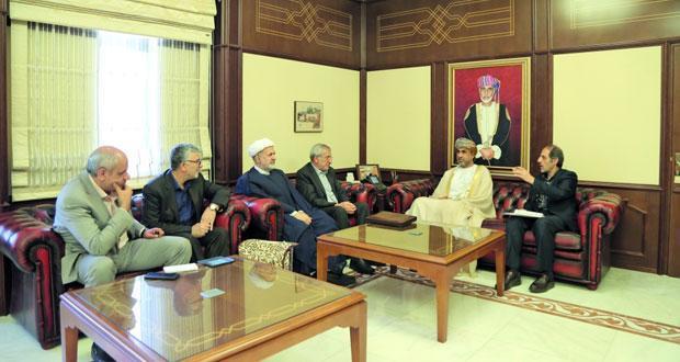 ایران و عمان توسعه همکاری های مالی را آنالیز کردند