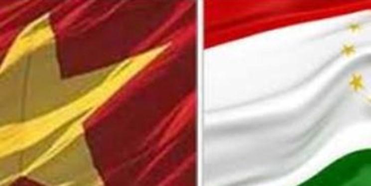 تأکید مقامات تاجیکستان و ویتنام بر توسعه روابط مالی و علمی