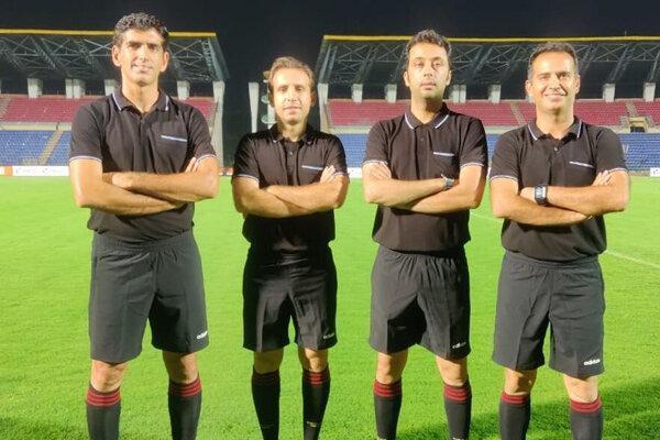 بنیادی فر دیدار تیم های ملی فوتبال هند و عمان را قضاوت می نماید