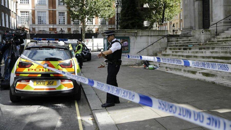 حمله با چاقو مقابل وزارت کشور بریتانیا یک زخمی بر جای گذاشت