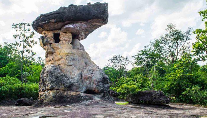 تاریخ پرفراز و نشیب تایلند