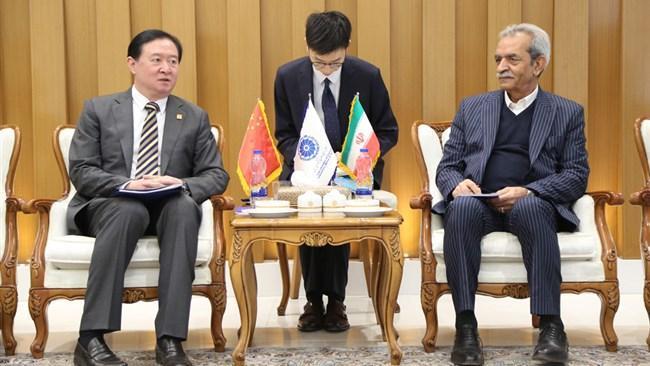 انحصار بانکی در مبادلات ایران و چین برطرف گردد