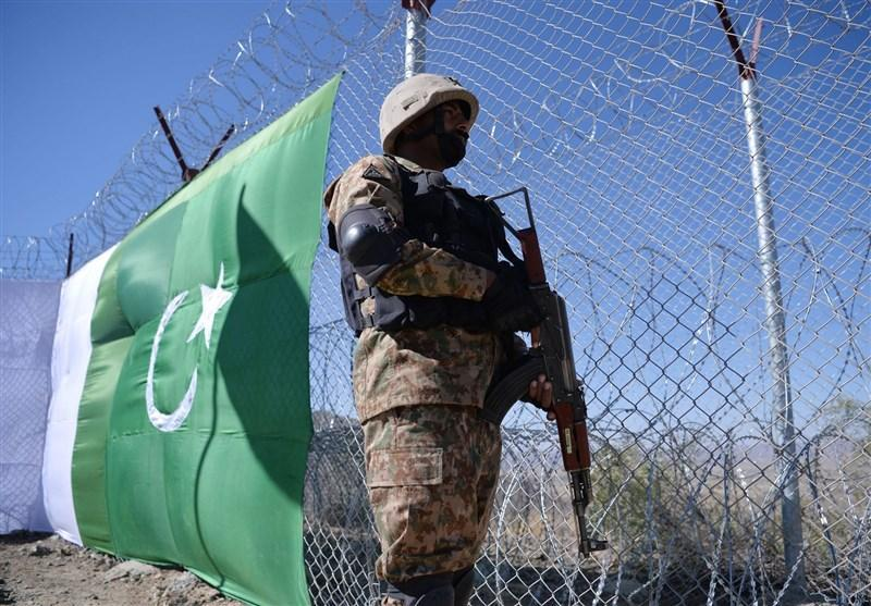 حمله نظامیان افغانستانی به سوی مرزهای پاکستان 11 زخمی برجای گذاشت
