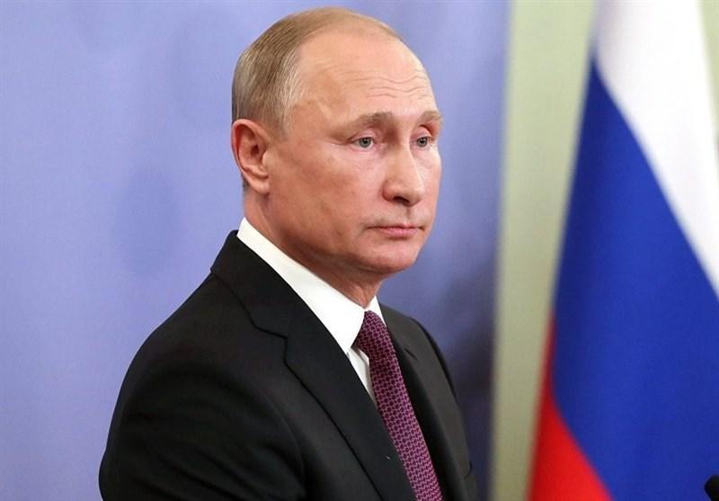 تأکید پوتین بر نقش فعالیت کمیته قانون اساسی در حل بحران سوریه