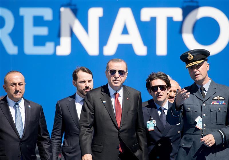 گزارش، دعوای اردوغان - ماکرون در آستانه نشست ناتو
