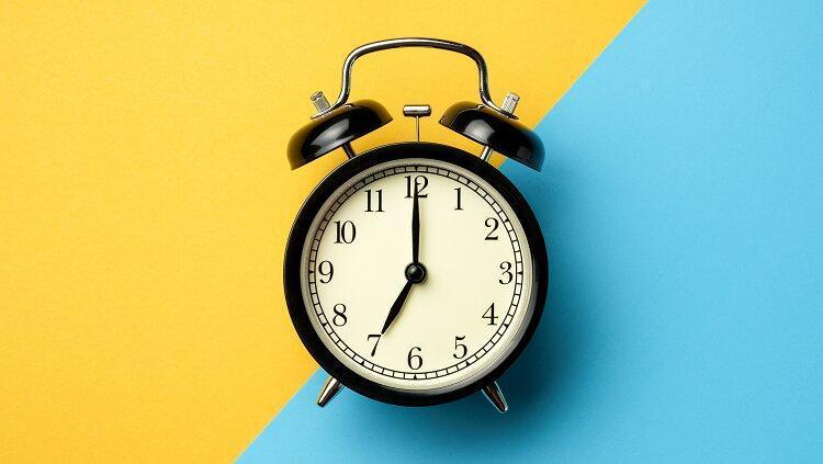 نور زرد بیشتر از آبی ساعت زیستی بدن را مختل می نماید
