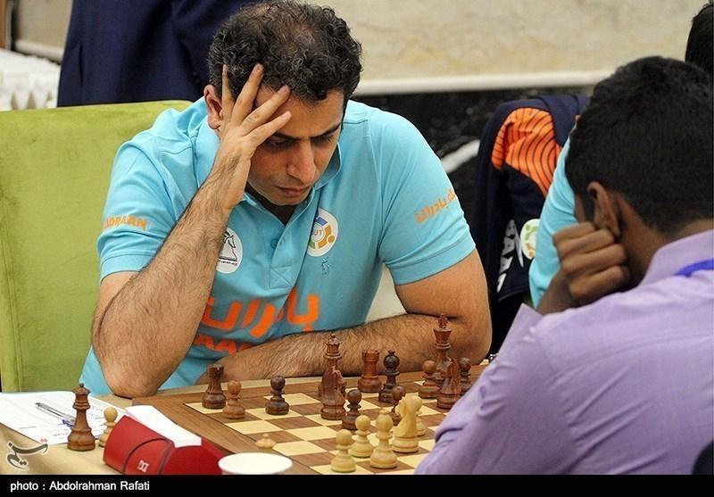 قائم مقامی: بعضی مسائل خارج از کنترل فدراسیون شطرنج است، داشتن مربی جزو حداقل هاست، اما نباید تبدیل به بهانه گردد