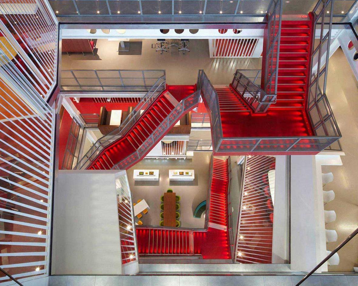 نقش پله در دکوراسیون ساختمان