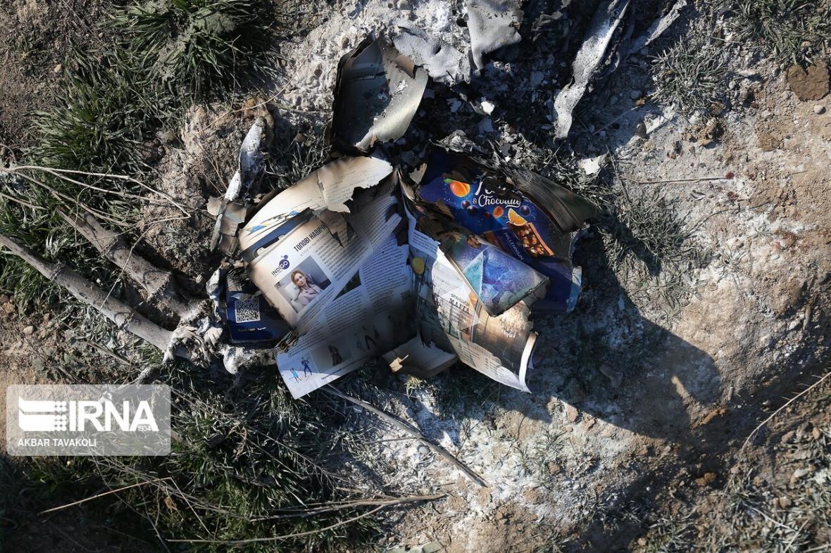 خبرنگاران جعبه سیاه هواپیمای اوکراینی هنوز در ایران است