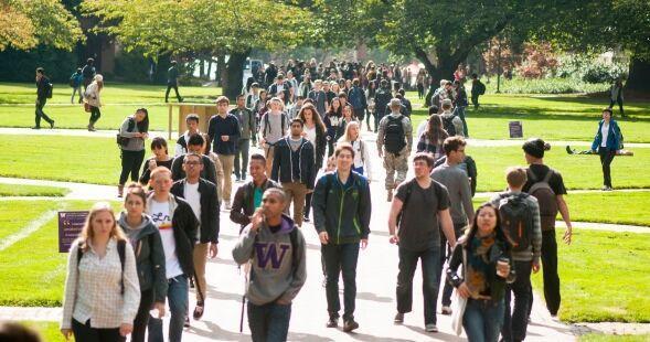خبرنگاران 121 دانشجوی دانشگاه واشنگتن آمریکا به کرونا مبتلا شده اند