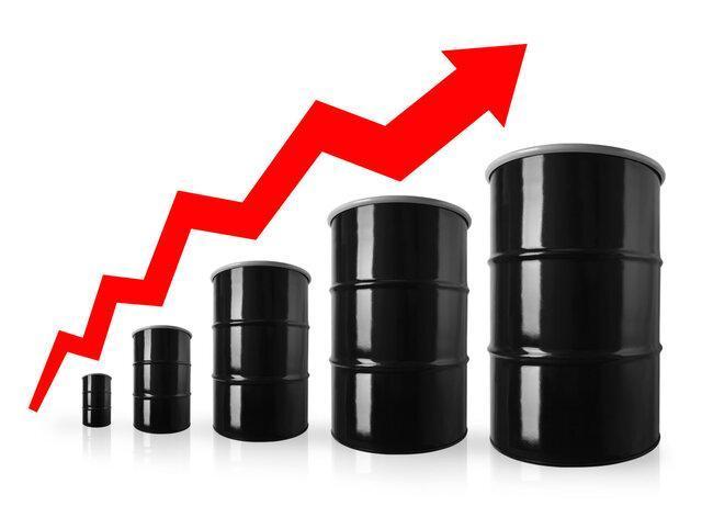 قیمت نفت با دلار ارزان صعودی شد