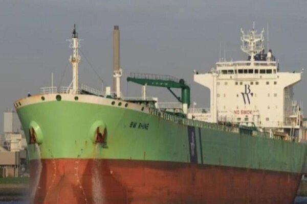 قبل از انفجار قایقهای کوچکی در ساحل عربستان مشاهده شدند