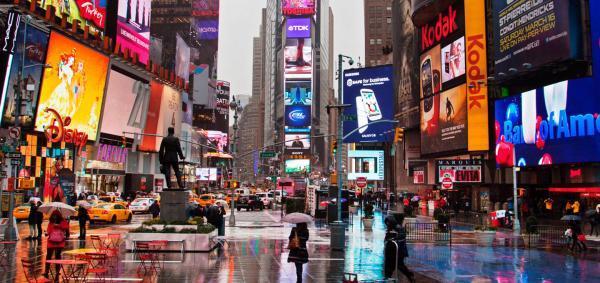 سفر به آمریکا: میدان تایمز نیویورک و رازهای آن
