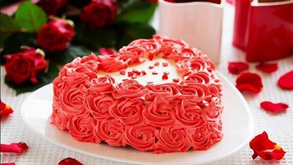 طرز تهیه کیک تولد دخترانه در منزل
