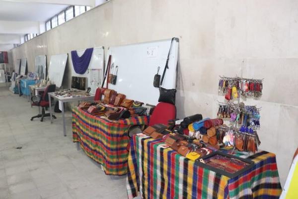 برگزاری نمایشگاه صنایع دستی و مشاغل خانگی در جهاددانشگاهی ساوه